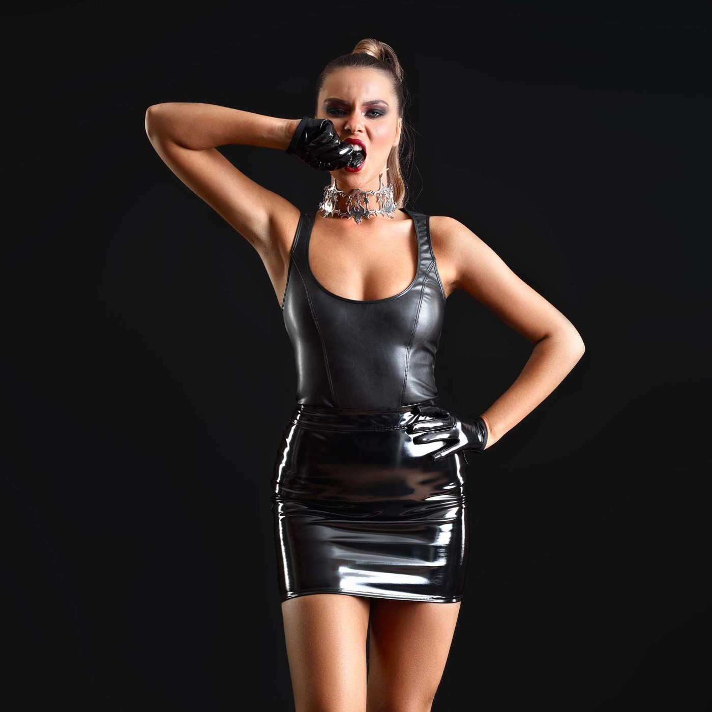 Reglisse, top sexy en faux cuir noir - Patrice Catanzaro