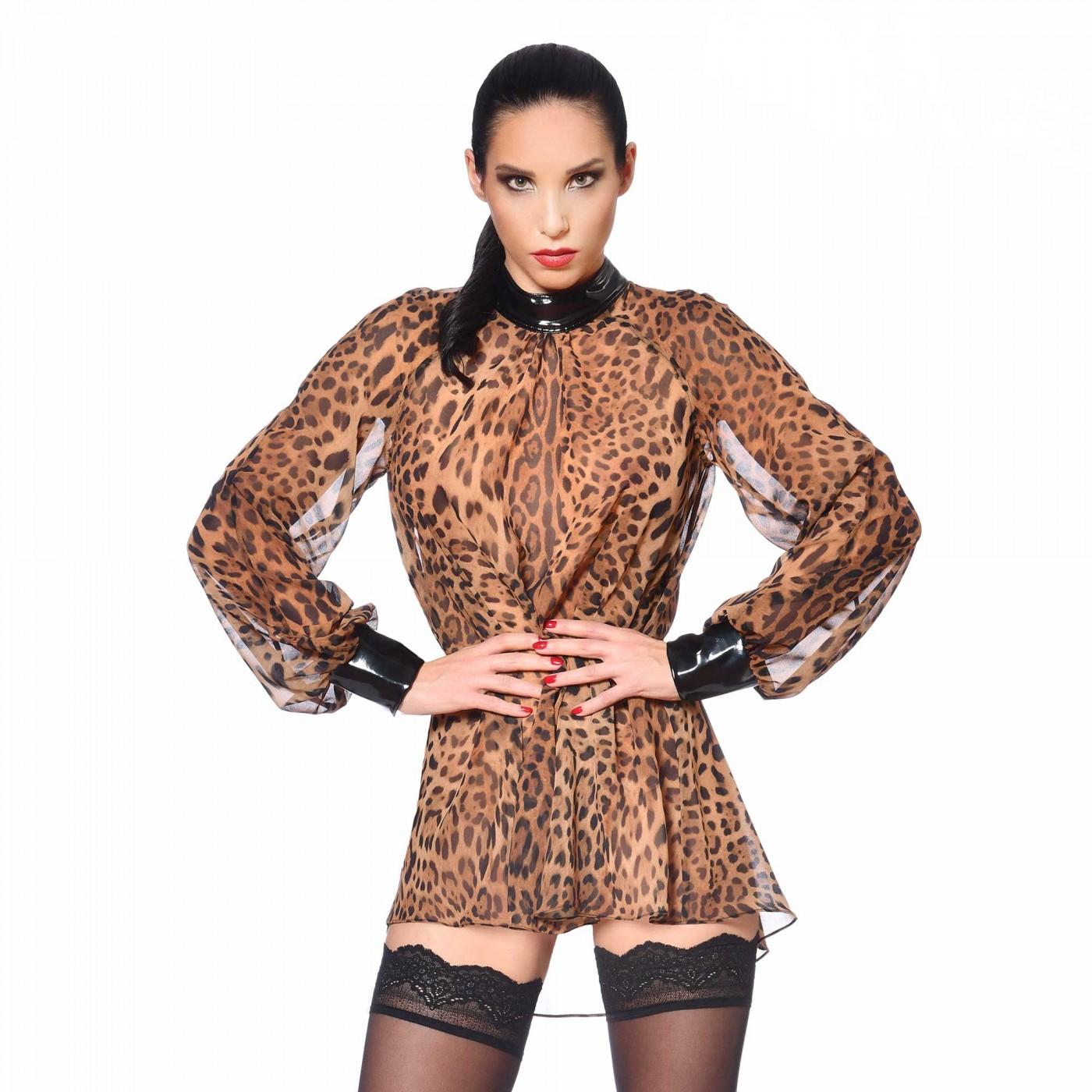 Emilia, sexy leopard blouse - Patrice Catanzaro