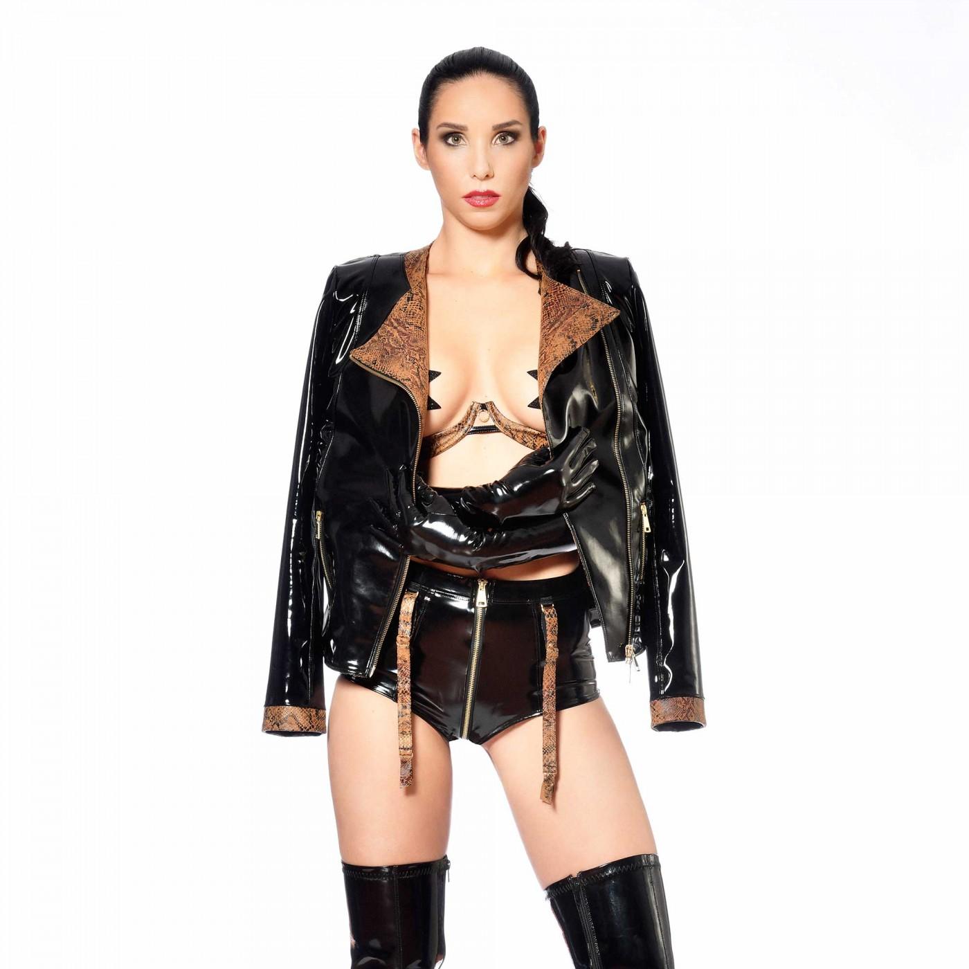 Ivanka, short sexy en vinyle noir - Patrice Catanzaro