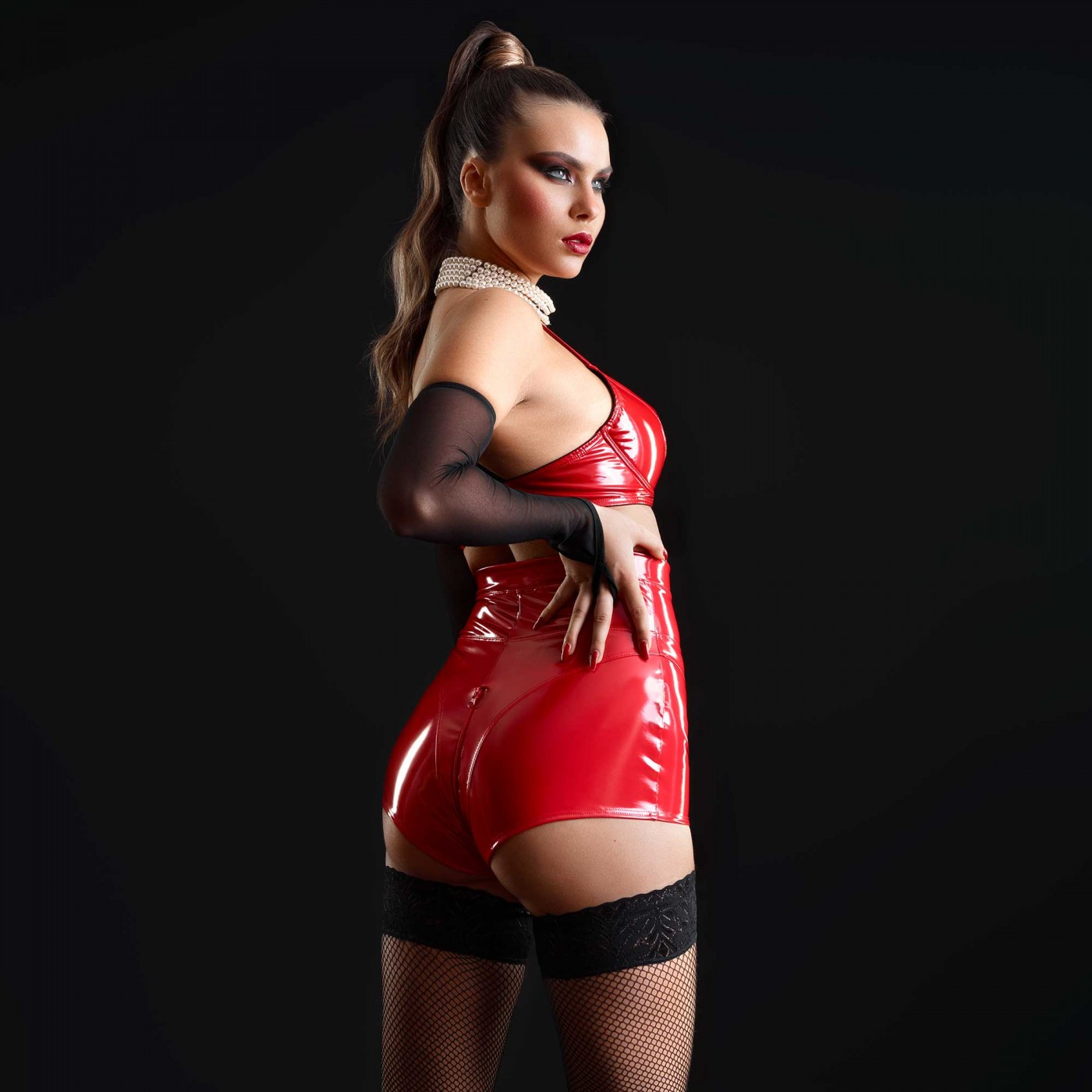 Jenna, short sexy en vinyle rouge - Patrice Catanzaro